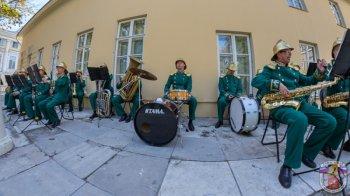 Оркестр Главного управления МЧС России по городу Москве подарил горожанам и гостям столицы праздничный концерт